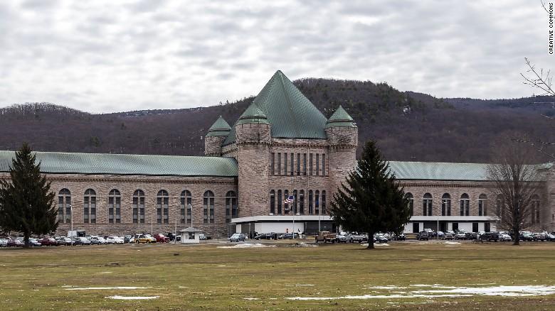 151007073005-eastern-new-york-correctional-facility-exlarge-169